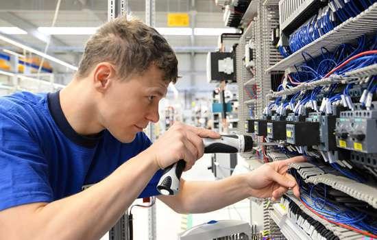 wykonanie-instalacji-elektrycznych